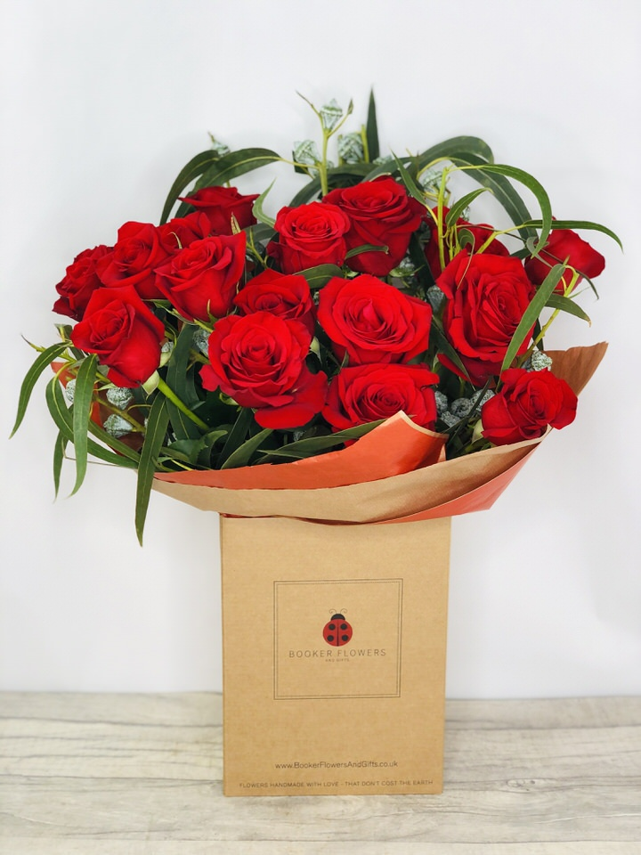 18 Red Roses Handtied Bouquet: Booker Flowers and Gifts