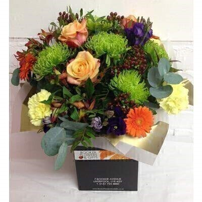 Autumn Chrysanthemum Bloom Hand Tied: Booker Flowers and Gifts