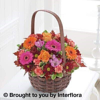 Autumn Daze Basket : Booker Flowers and Gifts