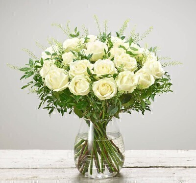 Large White Rose Bouquet - Flowers in Glass Vase