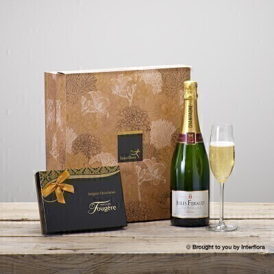 THIS PRODUCT CONTAINS ALCOHOL AND AS SUCH SHOULD ONLY BE BOUGHT FOR SOMEONE OVER THE AGE OF 18 This stylish gift box combines a bottle of Louis Rozier Champagne with delicious chocolates from Maison Fougere. A perfect combination for any celebration.