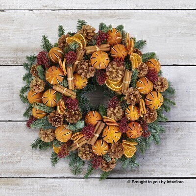 Traditional Clementine Christmas Door Wreath