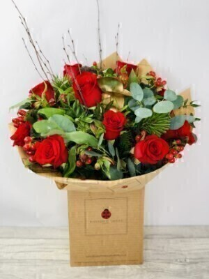 Christmas Red Rose Hand Tied Extra Large: Booker Flowers and Gifts