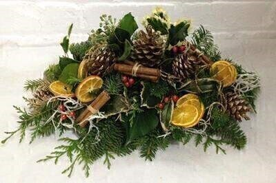 Christmas Table Centrepiece Golds - Small: Booker Flowers and Gifts