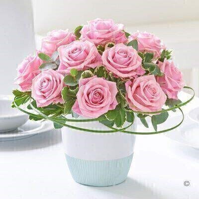 Classic Chic Pink Rose Arrangement: Booker Flowers and Gifts