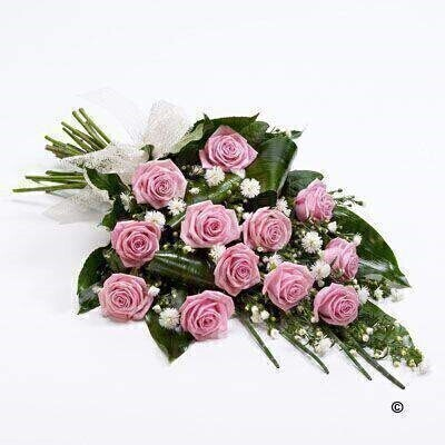 Classic Rose Sheaf - Pink: Booker Flowers and Gifts