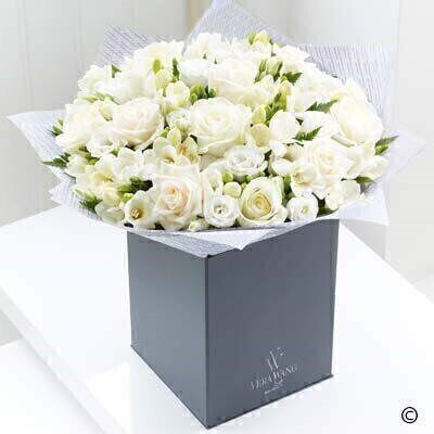Extra Large Vera Wang Purest Grace: Booker Flowers and Gifts