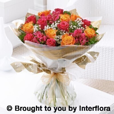 Extra large summer sunset rose and alstroemeria hand tied: Booker Flowers and Gifts