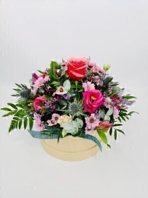 Flirty Fuchsia Autumn Hatbox: Booker Flowers and Gifts