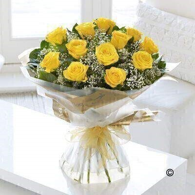 <h1>Yellow&nbsp;Roses&nbsp;- Flowers in Water</h1>