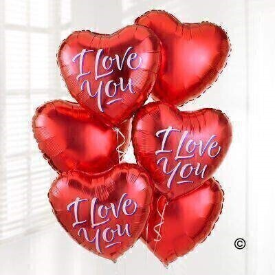 Make a big impression with this fabulous balloon bouquet created with six helium-filled balloons. Including three red heart-shaped balloons and three 'I love you' balloons - this is a great gift to show someone you care.