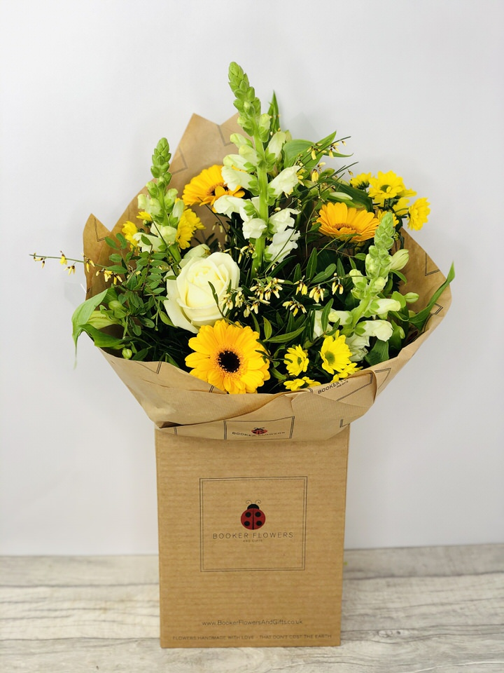 Lemon Drizzle Handtied: Booker Flowers and Gifts