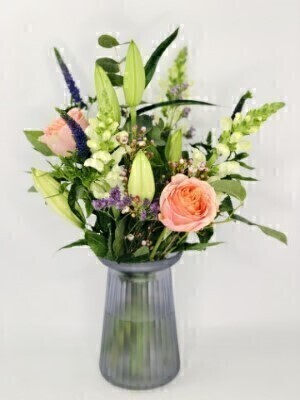 Luscious Lily Vase: Booker Flowers and Gifts