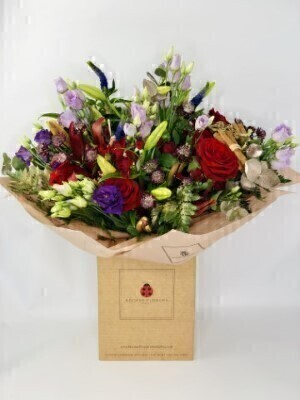 Luxury Scarlet Wonder Christmas Bouquet Large: Booker Flowers and Gifts