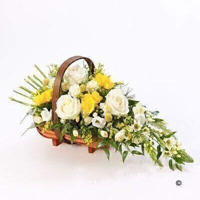 Mixed Basket - Yellow and White: Booker Flowers and Gifts