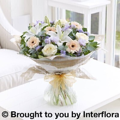 Pastelandnbsp;Flowers - Flowers in Water