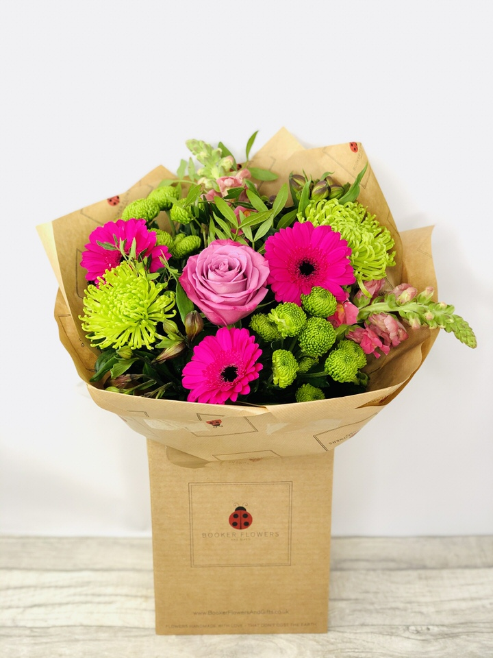 Flower delivery liverpool pink and green flowers gerbera bouquet pink and green flowers gerbera bouquet mightylinksfo