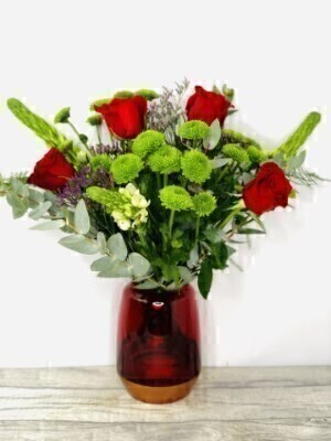 Red Rose Vase of Flowers: Booker Flowers and Gifts