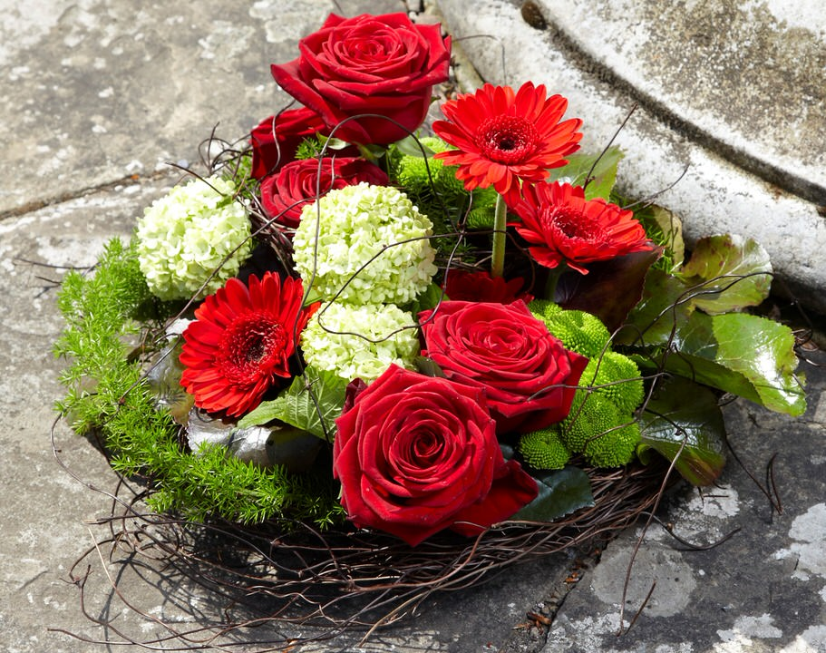 Red Rose Posy | Funeral Flowers