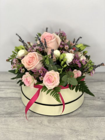 Rose Blush Hatbox: Booker Flowers and Gifts