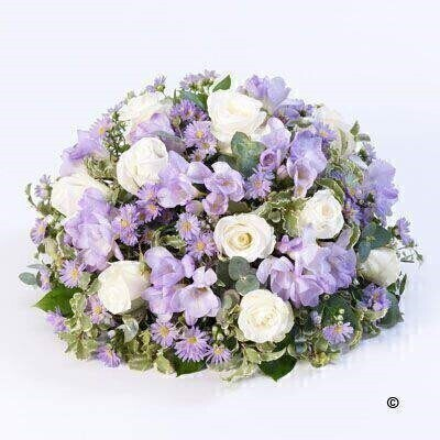 Scented Posy - Lilac and White: Booker Flowers and Gifts