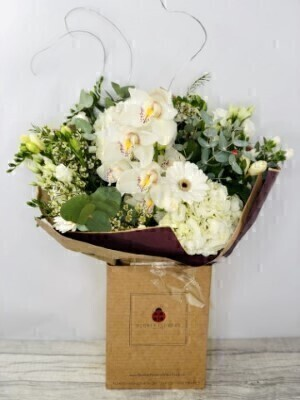 Silver Wedding Anniversary Flowers: Booker Flowers and Gifts