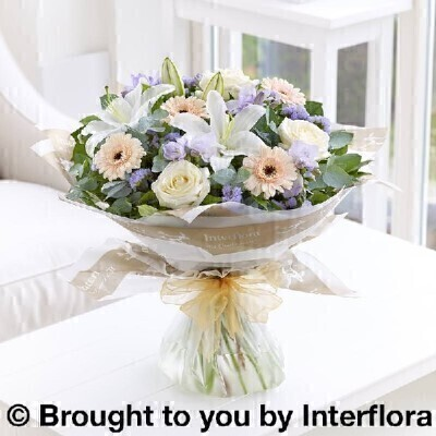 Pastel Flowersandnbsp;- Flowers in Water