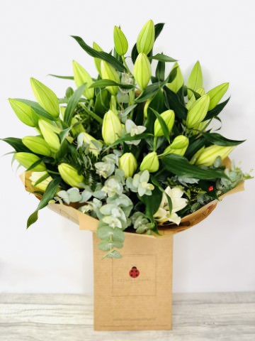 Stunning Extra Large White Lily Bouquet: Booker Flowers and Gifts