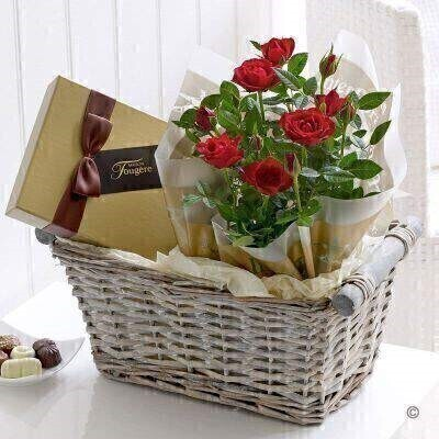 Sumer Rose and Chocolate Gift Basket: Booker Flowers and Gifts