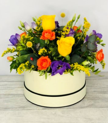 Summer Hatbox of Flowers: Booker Flowers and Gifts