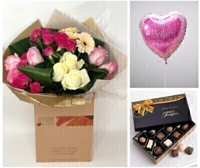To Mum With Love Gift Set: Booker Flowers and Gifts