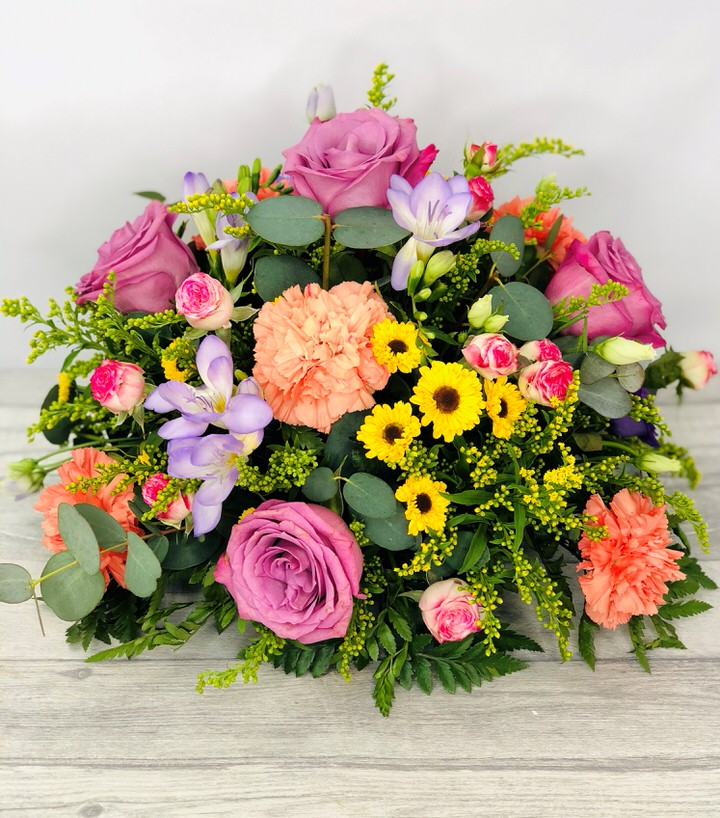 Vibrant Table Arrangement Extra Large: Booker Flowers and Gifts
