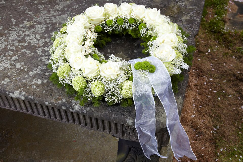 White and Green Wreath | Funeral Flowers