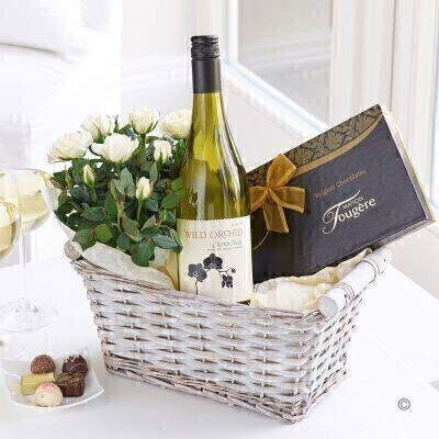White Wine and Rose Plant - Gift Basket