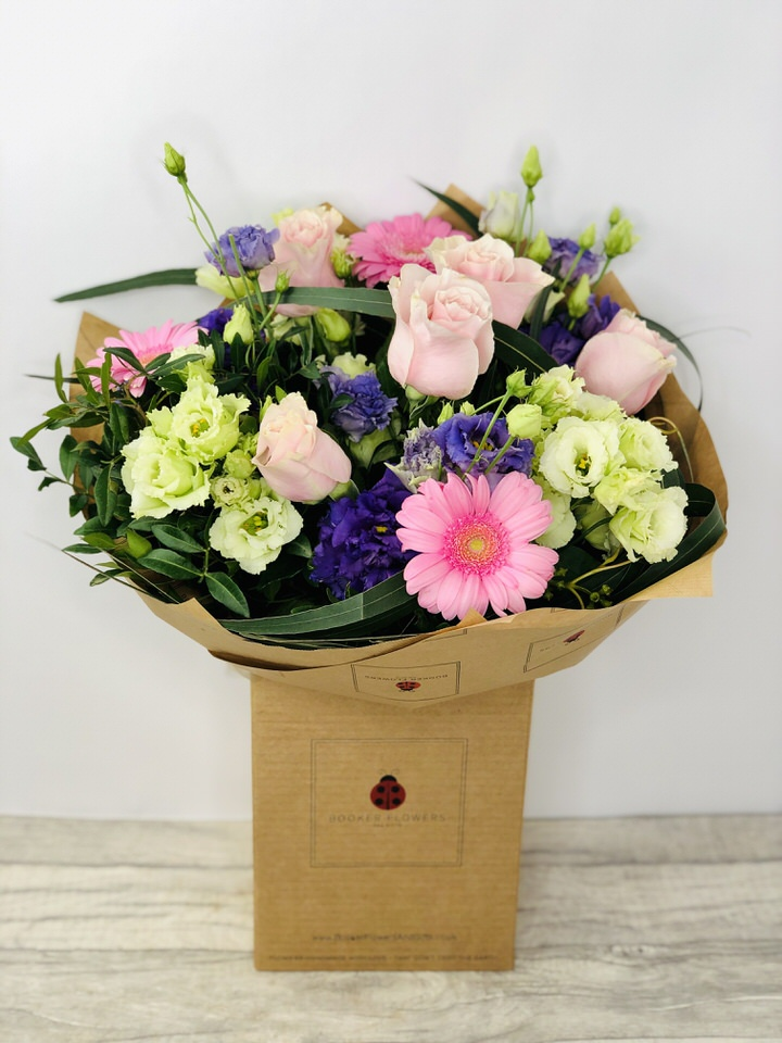 We sell a large range of Prom Graduation  Flowers and Remember we offer Flower Delivery Liverpool. We can provide Prom Graduation  Flowers for you