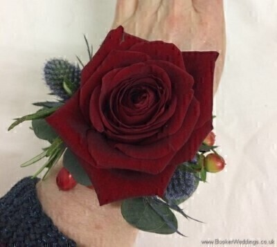 <h1>Red Flowers -andnbsp;Flowers on a Bracelet</h1>