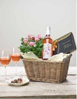 <h1>Rose Wine and Rose Plant - Gift Basket</h1>