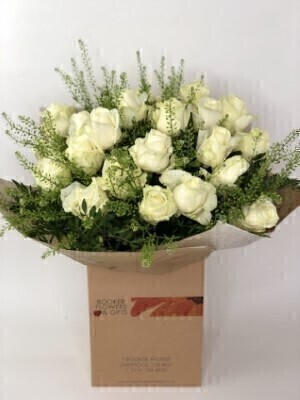 Flower Delivery Liverpool Velvet Pearl Hand Tied Extra Large
